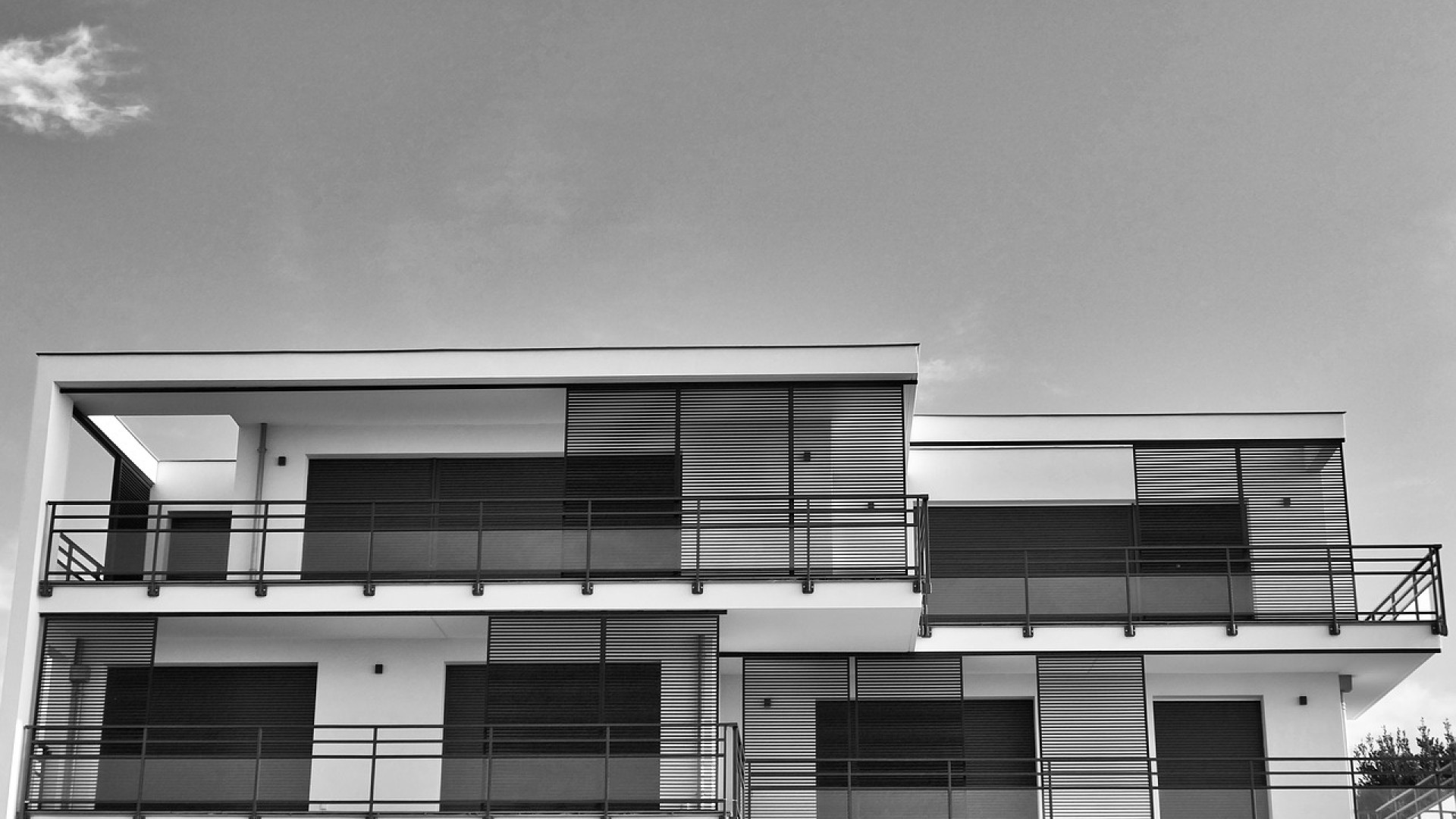 Pourquoi opter pour une maison moderne à toit plat ?